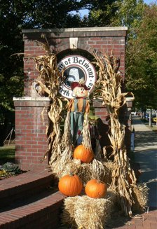 Downtown Belmont fall decorations