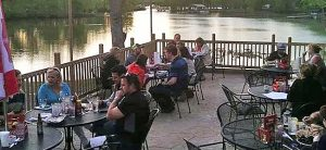 Outdoor dining at Riverview Raw Bar